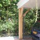 carport met eiken kolom